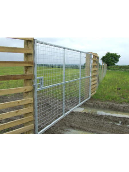 "Metal Deer Gate 12' w x 6' h Full Mesh (3"" Mesh)"